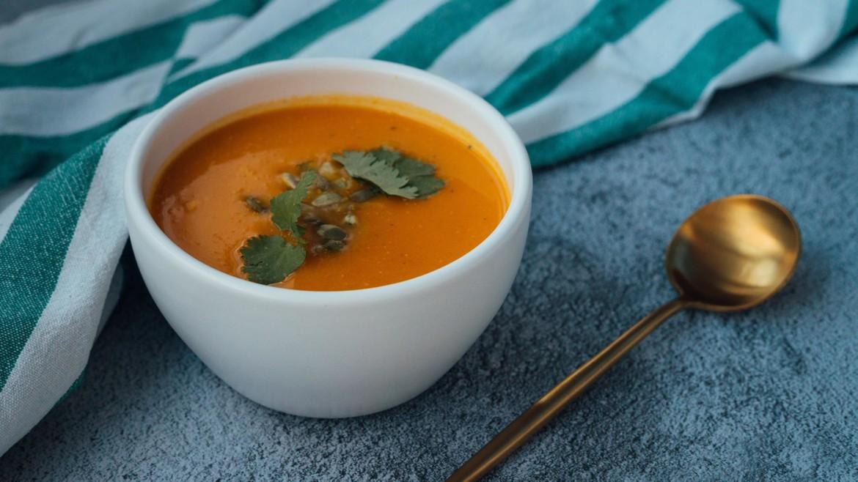 Hirsch-Erbnaehrungsberatung-Blog-Rezepte-Dal-Indisch-Suppe